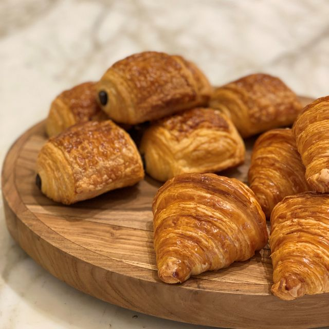 PACK OF 12 - ASSORTED CROISSANTS