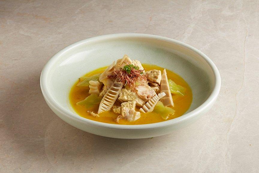 双笋金汤焖老豆腐 A Duo of Bamboo and Green Shoots with Firm Tofu in 8-hour Golden Broth