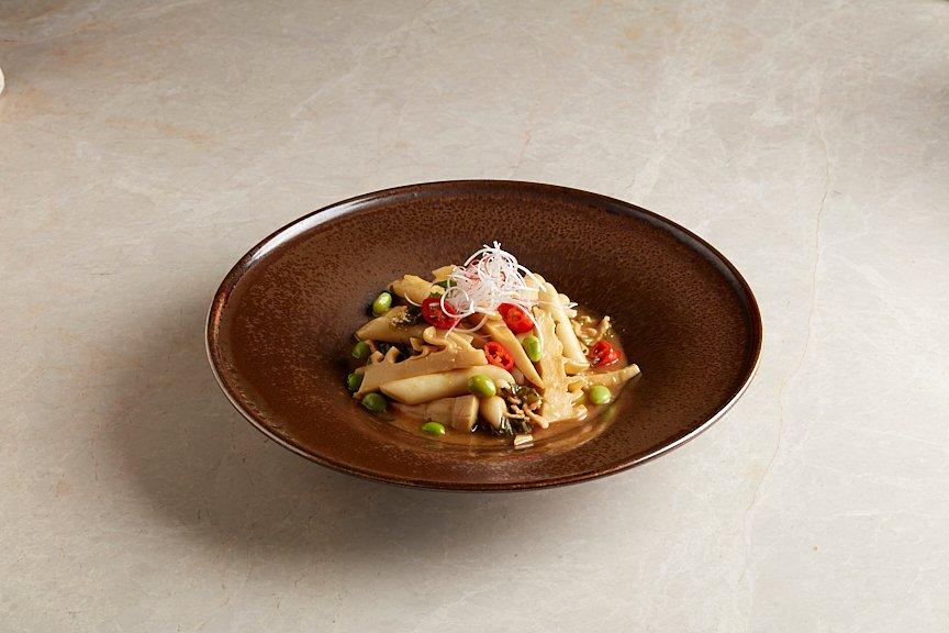 雪菜毛豆竹笋炒年糕 Rice Cakes with Bamboo Shoot, Jiangnan Pickled Mustard and Edamame